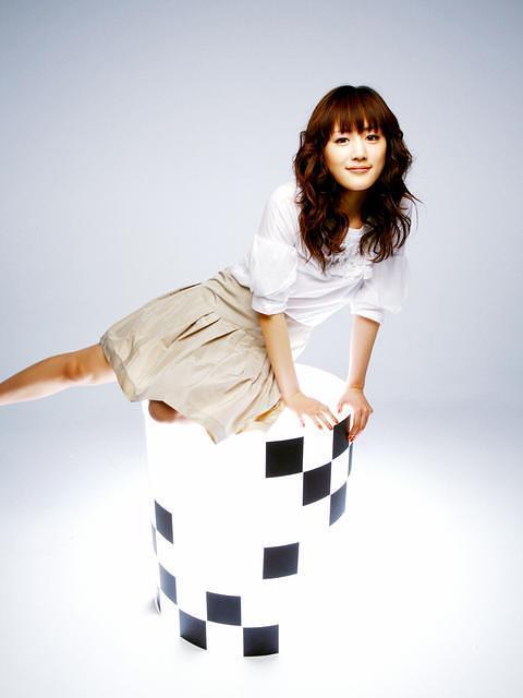 Ayase Haruka Cyborg Photoshoot 20
