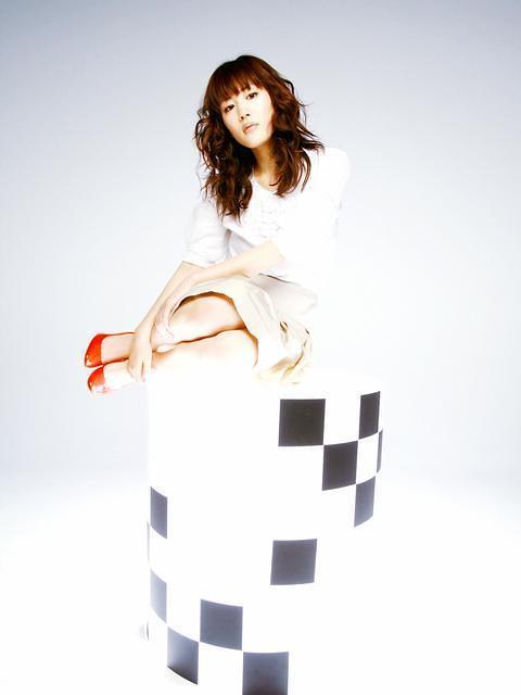 Ayase Haruka Cyborg Photoshoot 25
