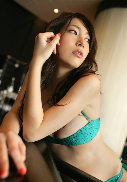 Emi_Kobayashi_220