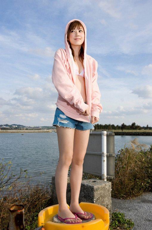 Yumi-Kobayashi-Feet-1089497