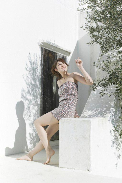 Yumi-Kobayashi-Feet-864041