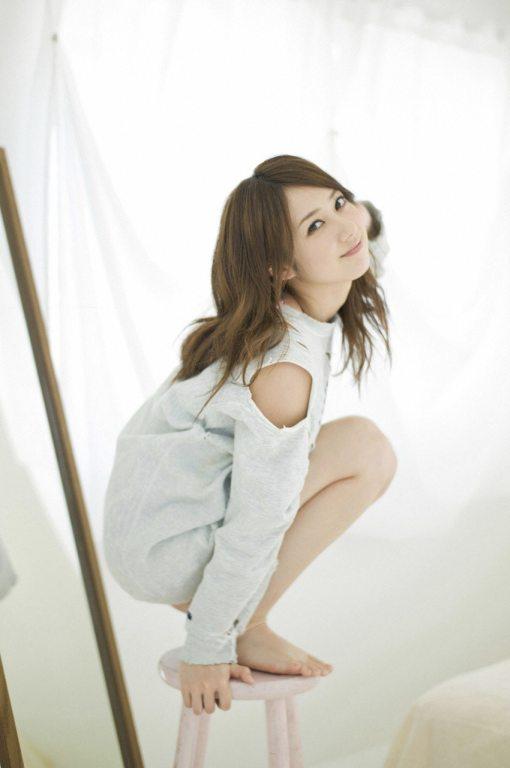 Yumi-Kobayashi-Feet-987615