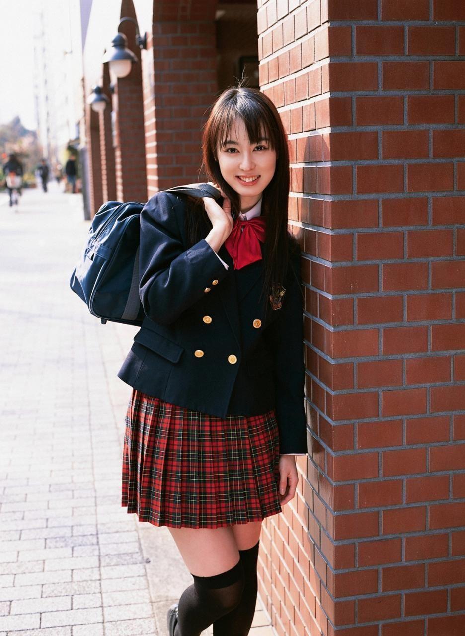 rina-akiyama-07