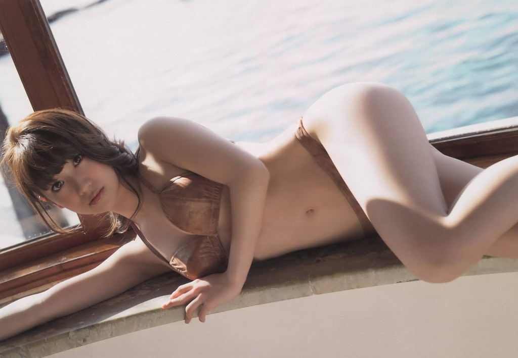 yuko-oshima-01
