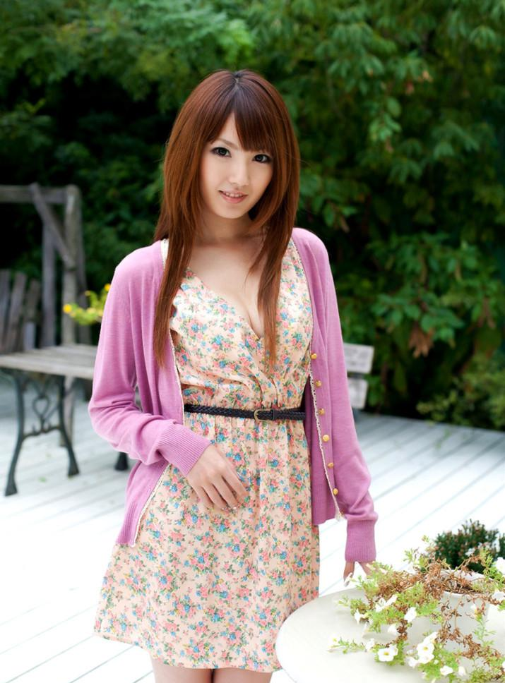 Tsubasa-Amami-floral-dress-715x1024