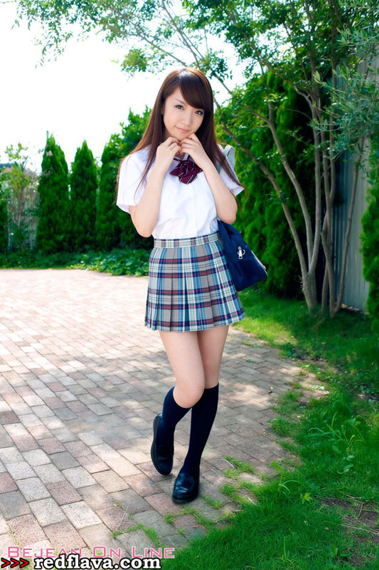 Airi_Shimizu_220714_002