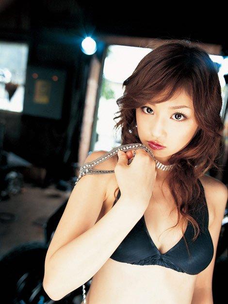 Yuko_Ogura-03