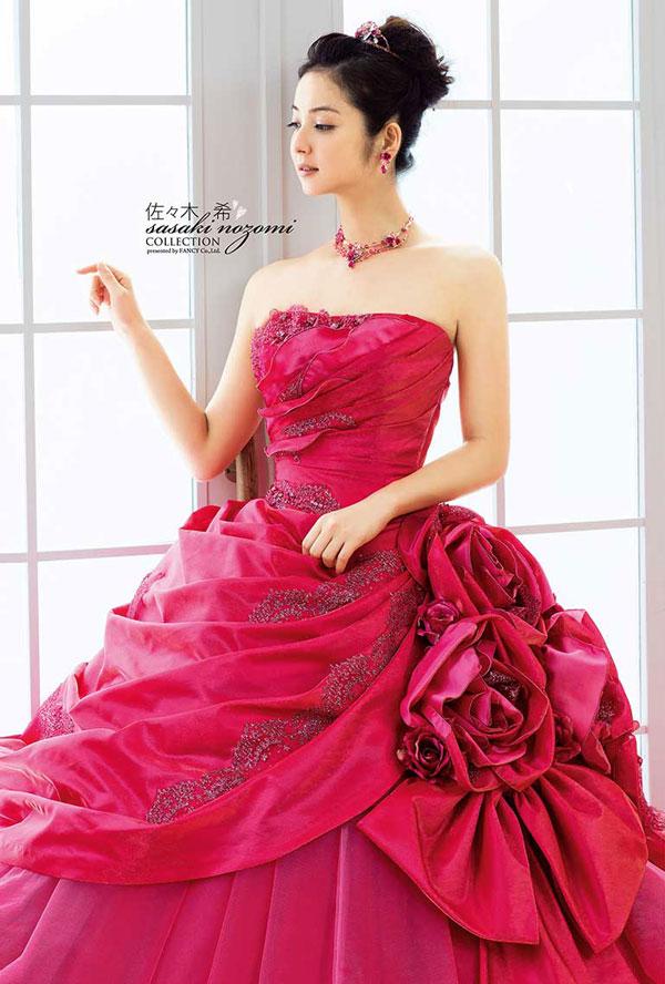 nozomi-sasaki-wedding-dress-13