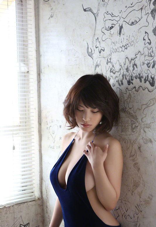 Asuka_Kishi_251014_042