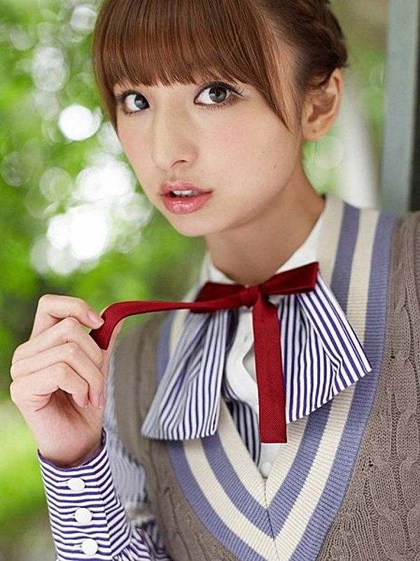 Mariko-Shinoda-weird-cute-dress011