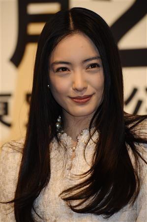 600full-yukie-nakama (17)
