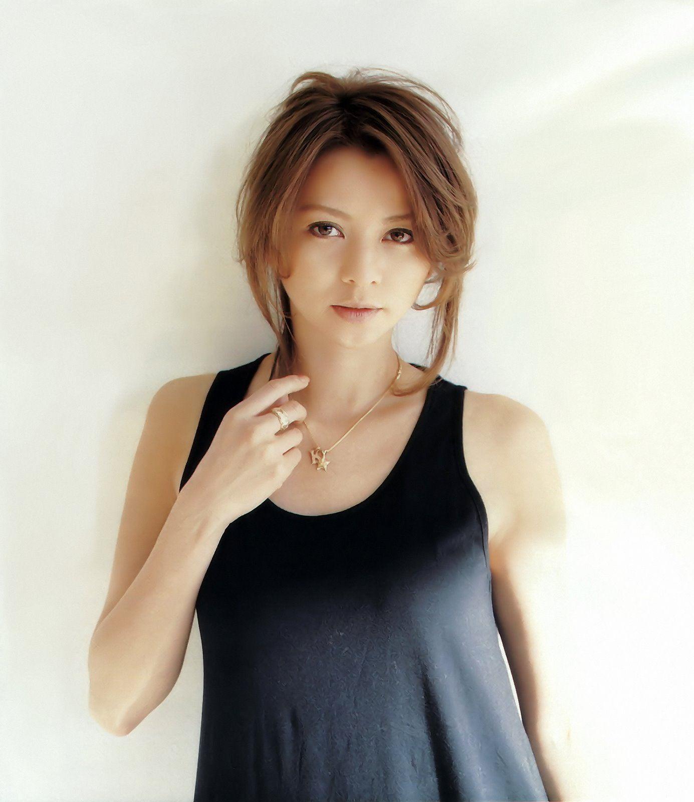 http://japanese-sirens.com/wp-content/uploads/2015/03/karina-nose-13.jpg