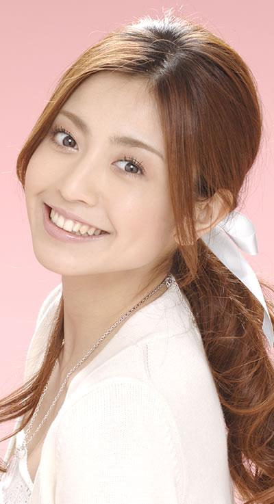 nana-katase-269707l