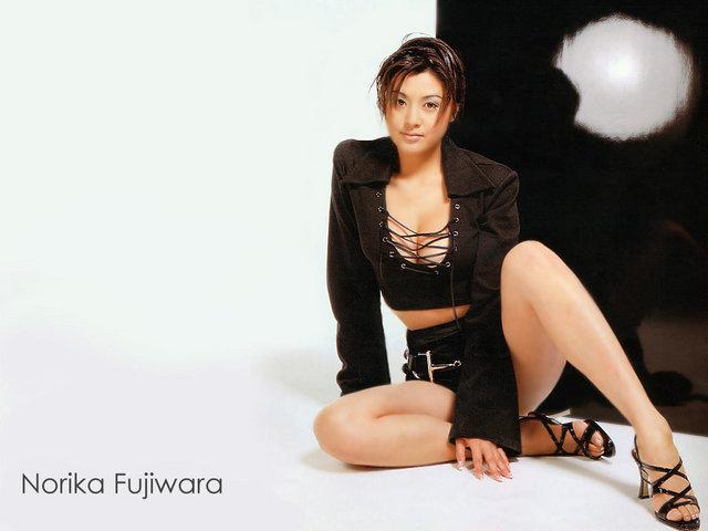 norikafujiwara117044526ko1