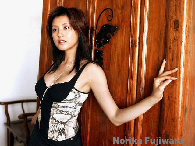 norikafujiwara117044530zo0
