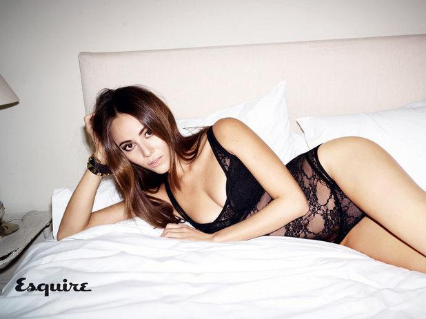 showbiz-jessica-michibata-esquire-magazine-1