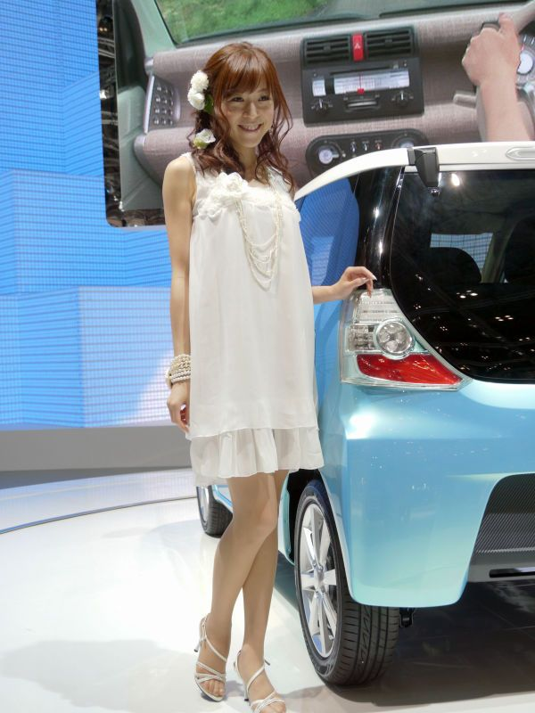 japanese_auto_girls_33