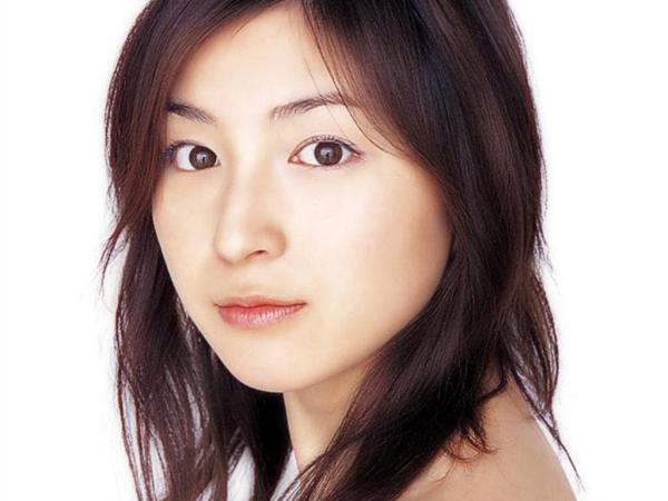 Ryoko_Hirosue_040002