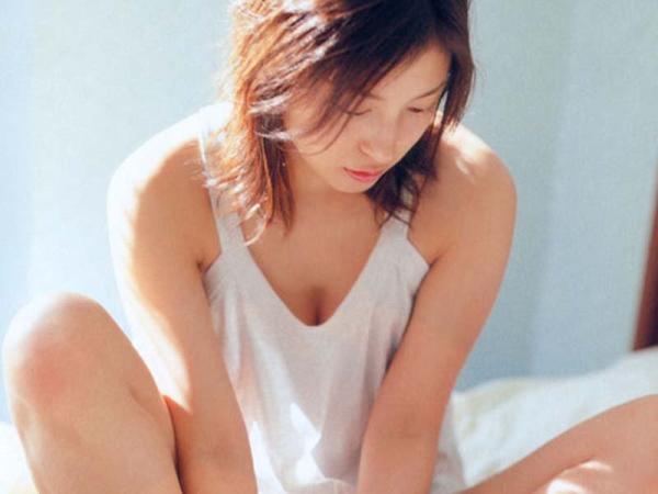 Ryoko_Hirosue_040017