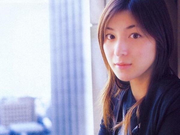 Ryoko_Hirosue_040021