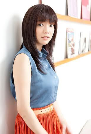 http://japanese-sirens.com/kana-kurashina/